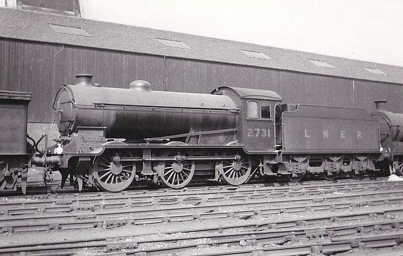 Class J39 - 2731 - Gresley LNER 0-6-0 - built 05/29 by Darlington Works - 05/46 to LNER No.4784, 09/50 to BR No.64784 - 08/60 withdrawn from 32A Norwich Thorpe - seen here at Eastfield, 08/32.