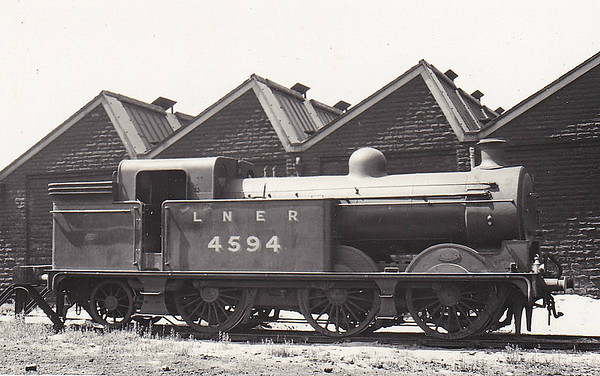 Class N1 - 4594 - Ivatt GNR 0-6-2T - built 04/12 by Doncaster Works, Works No.1339, as GNR No.1594 - 05/24 to LNER No.4594, 07/46 to LNER No.9474, 10/49 to BR No.69494 - 03/59 withdrawn from 56B Ardsley - seen here at Holbeck MPD in June 1937.