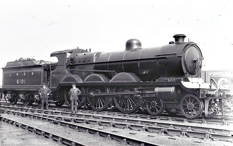 Class B 4 - 6101 - Robinson GCR Class 4-6-0 - built 06/06 by Beyer Peacock Ltd. as GCR No.1101 - 04/25 to LNER No.6101, 12/46 to LNER No.1486 - 10/47 withdrawn from Ardsley.