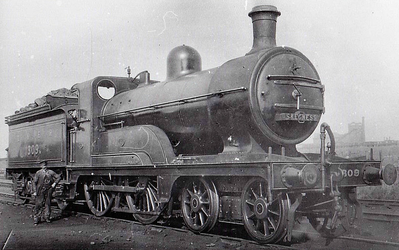 Class D 3 - 1309 - Ivatt GNR Class D3 4-4-0 - built 12/1897 by Doncaster Works as GNR No.1309 - 03/26 to LNER No.4309, 09/46 to LNER No.2126 - 08/48 withdrawn from 38A Colwick.