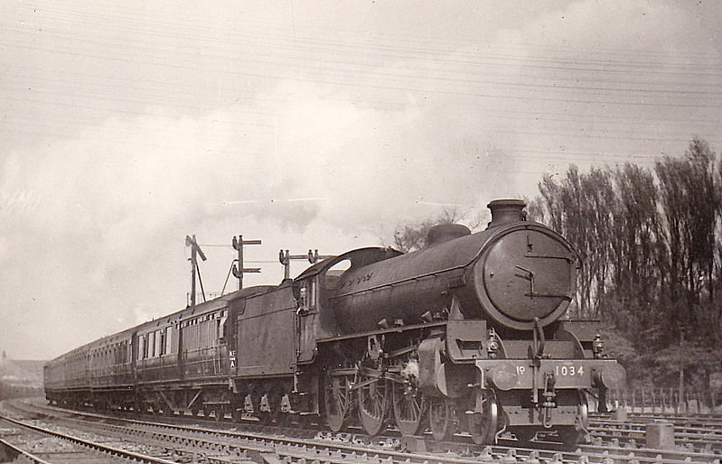 Class B1 - 1034 CHIRU - Thompson LNER/BR 4-6-0 - built 10/47 by Darlington Works - 08/49 to BR No.61016 - 12/64 withdrawn from 56A Wakefield.