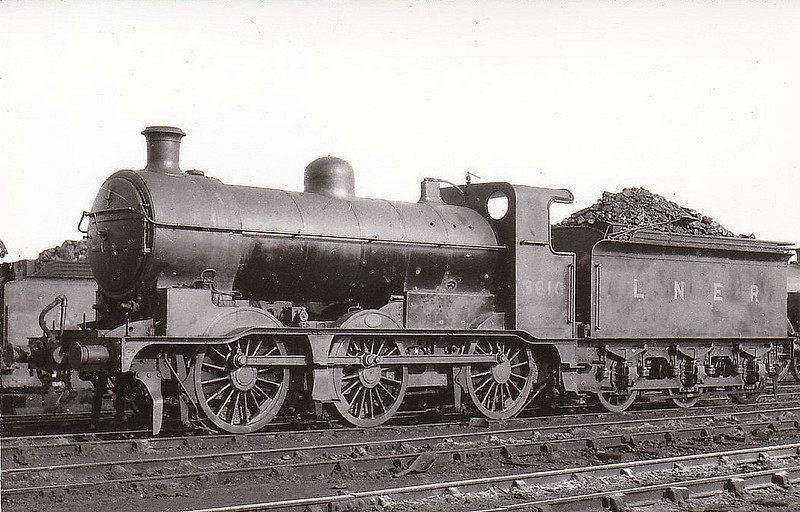 Class J6 - 3610 - Ivatt GNR 0-6-0 - built 05/19 by Doncaster Works as GNR No.610 - 02/26 to LNER No.3610, 10/46 to LNER No.4259, 07/48 to BR No.64259 - withdrawn 08/59 from 36A Doncaster.