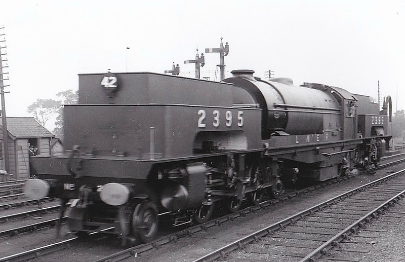 Class U1 - 2395 - Gresley LNER 2-8-0+0-8-2T - built 06/25 by Beyer Peacock Ltd. - 03/46 to LNER No.9999, 11/48 to BR No.69999 - 12/55 withdrawn from 39A Gorton - built to bank trains up the Worsborough Incline - most powerful British steam locomotive ever built - seen here at Faverdale for S&D Centenary Parade (Loco No.42), 11/07/25.