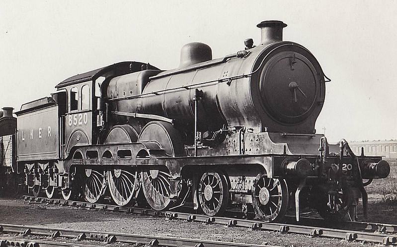 Class B12 - 8520 - Holden/Gresley GER/LNER 4-6-0 - built 04/14 by Stratford Works as GER No.1520 - 1924 to LNER No.8520, 07/46 to LNER No.1520, 09/48 to BR No.61520 - 06/57 withdrawn from 32A Norwich Thorpe - seen here at Stratford.