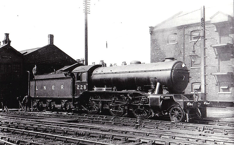 Class K3 -  228 - Gresley GNR 2-6-0 - built 10/25 by Darlington Works - 03/46 to LNER No.1867, 08/48 to BR No.61867 - 11/62 withdrawn from 36A Doncaster.