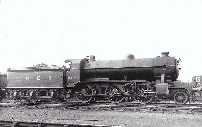 Class K2 - 4689 - Gresley GNR/LNER Class K2 2-6-0 - built 07/21 by Kitson & Co. as GNR No.1689 - 06/24 to LNER No.4689, 01/46 to LNER No.1779, 04/48 to BR No.61779 - 05/60 withdrawn from 61C Keith.