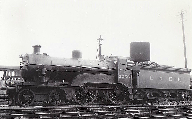 Class D 1 - 3056 - Ivatt GNR 4-4-0 - built 05/11 by Doncaster Works as GNR No56 - 1923 to LNER No.3056, 01/47 to LNER No.2207 - BR No.62207 not applied - 11/48 withdrawn from Norwich Thorpe MPD - condemned whilst at Doncaster Works for inspection.