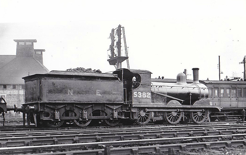 Class J15 - 5382 - Holden GER Class Y14 0-6-0 - built 08/1890 by Stratford Works as GER No.875 - 1924 to LNER No.7875, 06/46 to LNER No.5382 - BR No.65382 not applied - 03/52 withdrawn from 31C Kings Lynn, where seen in 1947.