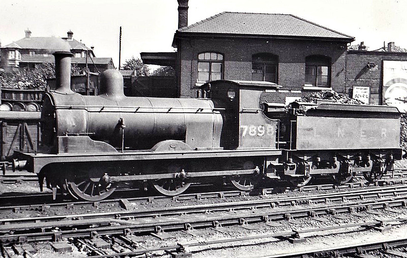 Class J15 - 7898 - Holden GER Class Y14 0-6-0 - built 09/1891 by Stratford Works as GER No.898 - 1924 to LNER No.7898, 11/46 to LNER No.5397 - BR No.65397 not applied - 09/49 withdrawn from 30A Stratford.