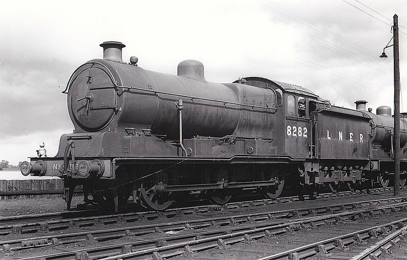 Class J20 - 8282 - Hill GER Class D81 0-6-0 - built 10/22 by Stratford Works as GER No.1282 - 06/24 to LNER No.8282, 02/46 to LNER No.4687, 02/51 to BR No.64687 - 09/62 withdrawn from 31B March.