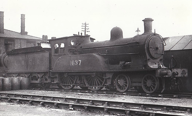 Class D17 - 1637 - Worsdell NER Class Q 4-4-0 - built 11/1893 by Gateshead Works - 01/35 withdrawn from Selby MPD - seen here at Darlington, withdrawn I think.