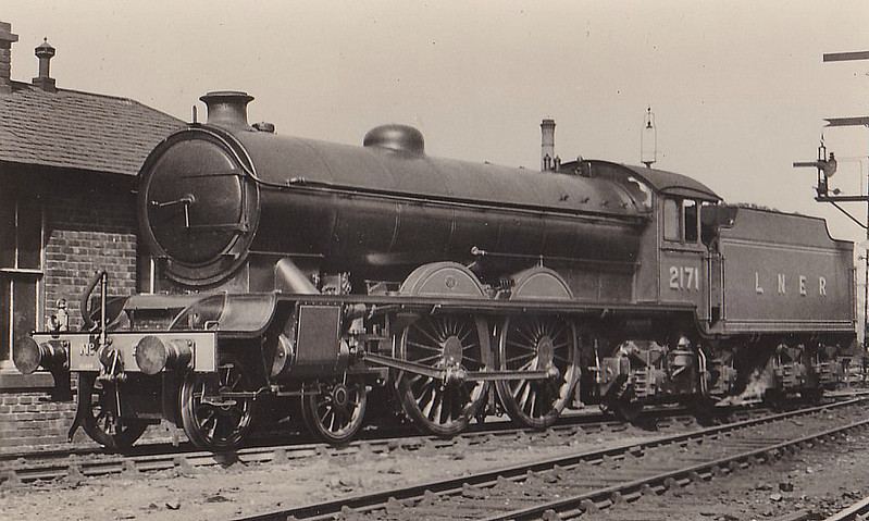 Class C7 - 2171 - Raven NER Class Z 4-4-2 - built 07/14 by Darlington Works - 12/31 rebuilt to Class C9 - 04/42 withdrawn from Heaton MPD.