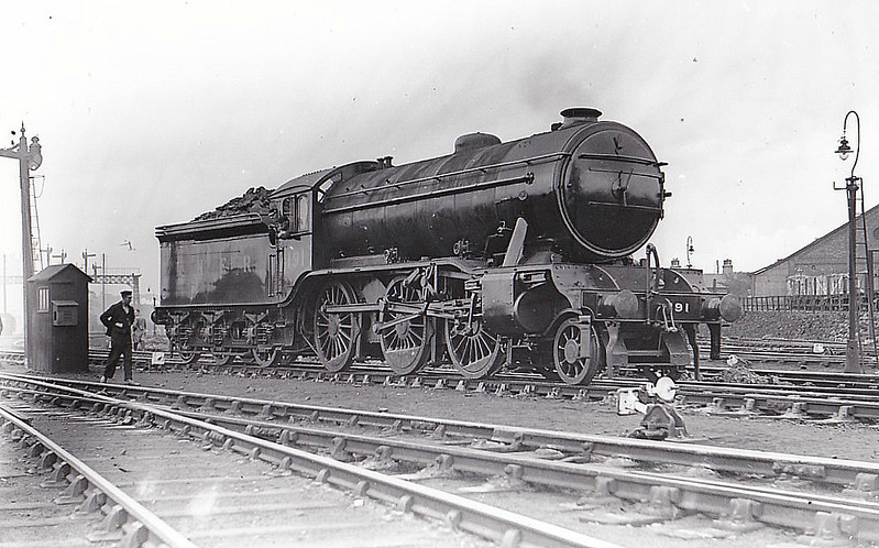 Class K3 - 191 - Gresley GNR 2-6-0 - built 04/25 by Darlington Works - 10/46 to LNER No.1857, 09/48 to BR No.61857 - 12/62 withdrawn from 53A Hull Dairycoates - seen here at York.