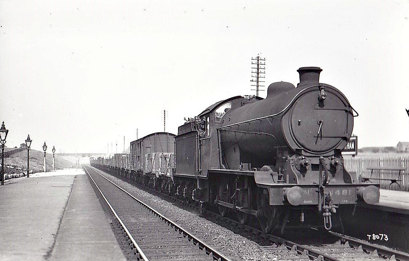 Class J39 - 1481 - Gresley LNER 0-6-0 - built 11/26 by Darlington Works - 04/46 to LNER No.4711, 11/49 to BR No.64711 - 05/62 withdrawn from 52D Tweedmouth.