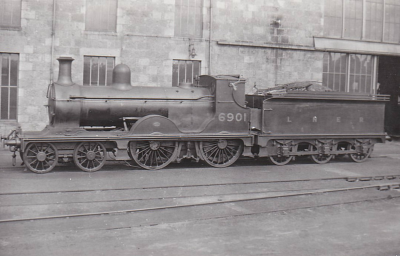 Class D41 - 6901 - Pickersgill GNSR Class T 4-4-0 - built 1898 by Neilson & Co. as GNSR No.101 - 1923 to LNER No.6901, 1946 to LNER No.2245, BR No.62245 not applied - 12/47 withdrawn from Keith MPD.