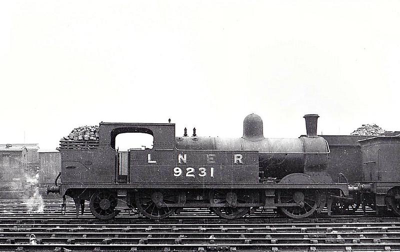 Class N 4 - 9231 - Parker GCR Class 9A 0-6-2T - built 11/1890 by Neilson Reid & Co. as GCR No.620 - 01/26 to LNER No.5620, 07/46 to LNER No.9231, 02/50 to BR No.69231 - 10/54 withdrawn from 39B Sheffield Darnall.