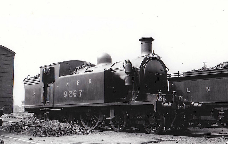 Class C15 - 9267 - Reid NBR Class M 4-4-2T - built 07/13 by Yorkshire Engine Co. as NBR No.267 - 10/25 to LNER No.9267, 07/46 to LNER No.7473, 07/50 to BR No.67473 - 12/54 withdrawn from 64G Hawick.