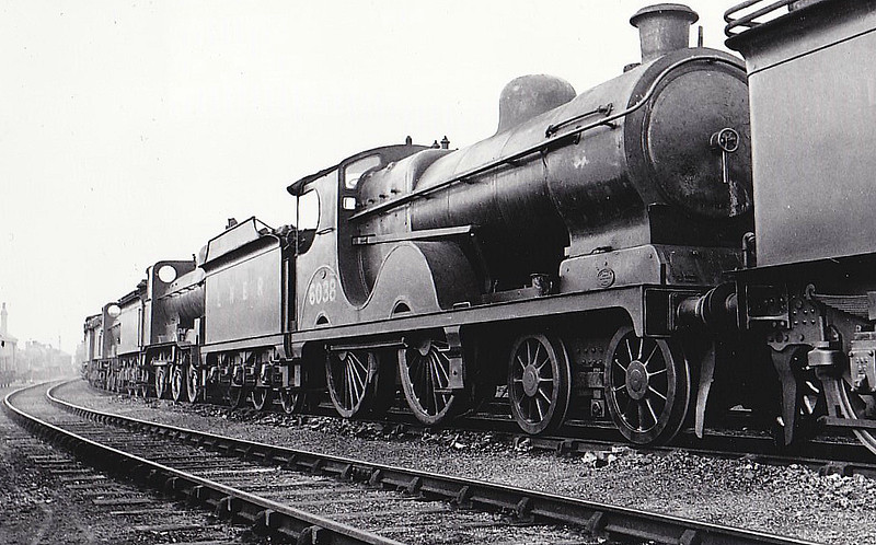 Class D9 - 6038 - Robinson GCR Class 11B 4-4-0 - built 03/03 by Sharp Stewart & Co. as GCR No.1038 - 12/25 to LNER No.6038, 09/46 to LNER No.2322 - BR No.62322 not applied - 01/49 withdrawn from 8F Heaton Mersey - seen here at Colwick in 1932.