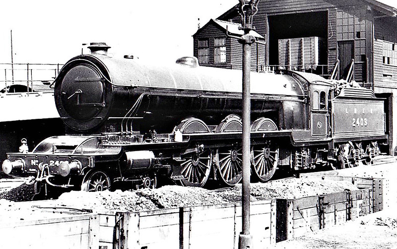 Class A2 - 2403 CITY OF DURHAM - Raven NER/LNER 4-6-2 - built 03/24 by Darlington Works - 05/37 withdrawn from York North MPD - seen here at Gateshead.