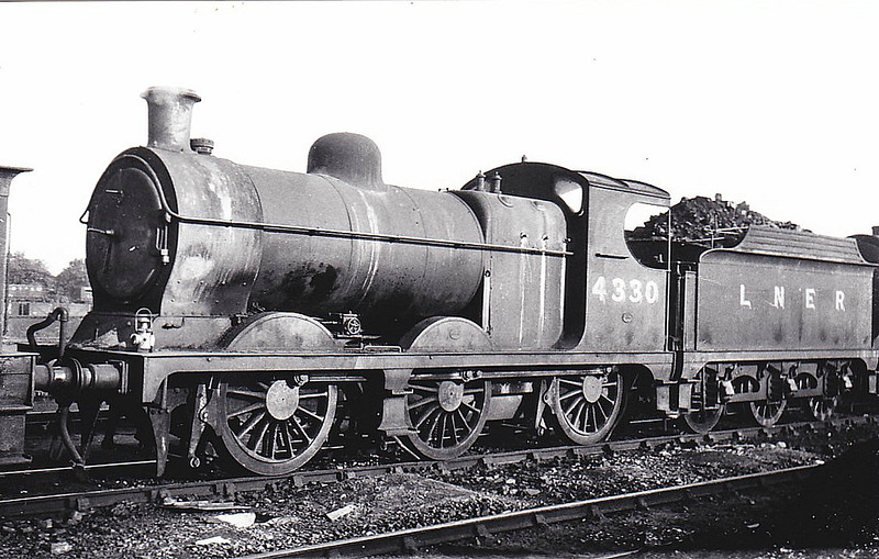 Class J11 - 4330 - Robinson GCR Class 9J 0-6-0 - built 10/03 by Beyer Peacock Ltd. as GCR No.201 - 02/24 to LNER No.5201, 07/46 to LNER No.4330, 07/48 to BR No.64330 - 02/57 withdrawn from 38E Woodford Halse - seen here at Neasden, 06/47.