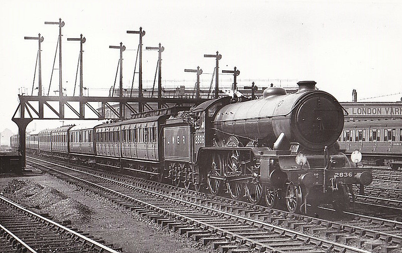 Class B17 - 2836 HARLAXTON MANOR - Gresley LNER 4-6-0 - built 07/31 by Darlington Works - 10/46 to LNER No.1636, 05/50 to BR No.61636 - 10/59 withdrawn from 32A Norwich Thorpe - seen here at Stratford in 1933.
