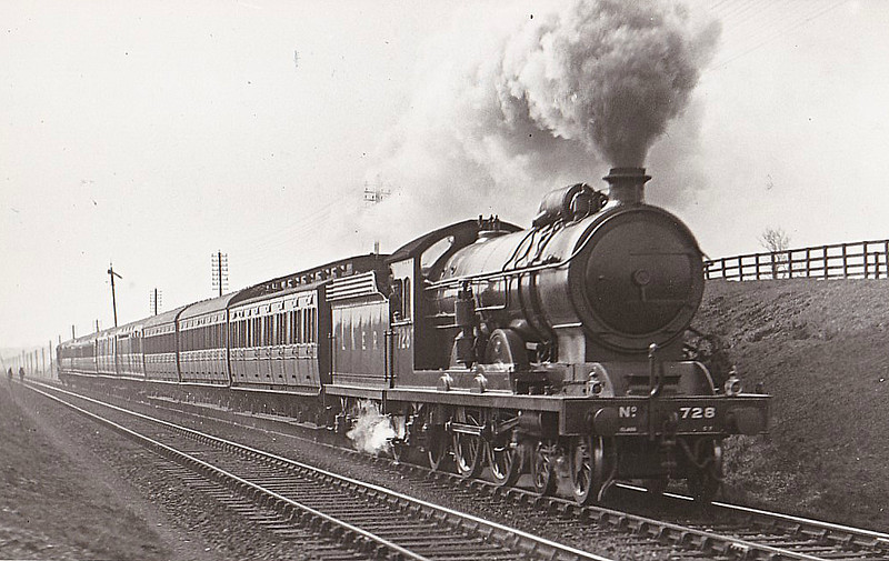 Class C7 - 728 - Raven NER Class Z 4-4-2 - built 09/11 by North British Loco Co. - LNER No.2961 not applied - 11/45 withdrawn from Scarborough MPD - seen here near Bradbury, 03/32 - 1928 fitted with ACFI feedwater heater, removed 1941.