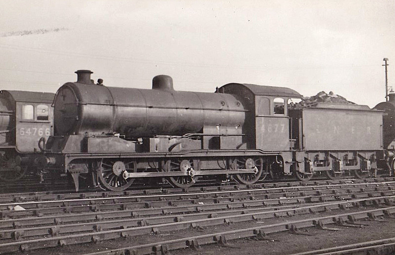 Class J20 - 4677 - Hill GER Class D81 0-6-0 - built 12/20 by Stratford Works as GER No.1272 - 06/24 to LNER No.8272, 12/46 to LNER No.4677, 05/51 to BR No.64677 - 09/61 withdrawn from 30A Stratford.