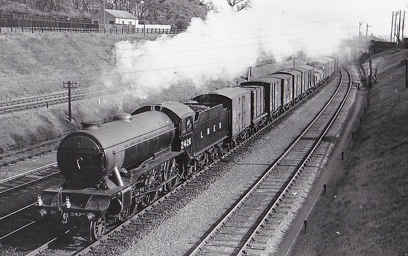 Class K3 - 2426 - Gresley GNR 2-6-0 - built 08/35 by North British Loco Co. - 08/46 to LNER No.1940, 11/48 to BR No.61940 - 05/62 withdrawn from 36A Doncaster - seen here at Sandy, 05/37.