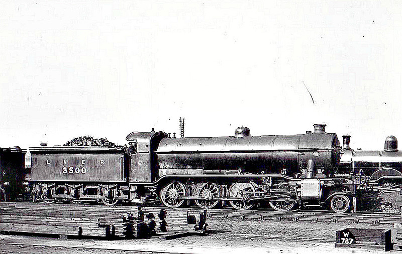 Class O2 - 3500 - Gresley GNR/LNER 2-8-0 - built 05/24 by Doncaster Works - 09/46 to LNER No.3945, 10/48 to BR No.63945 - 09/63 withdrawn from 36E Retford.