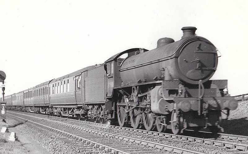 Class B 1 - 1060 - Thompson LNER/BR 4-6-0 - built 08/46 by North British Loco Co. - 04/48 to BR No.61060 - 09/62 withdrawn from 40A Lincoln.