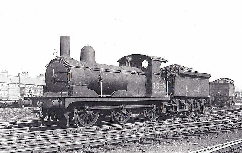 Class J15 - 7913 - Holden GER Class Y14 0-6-0 - built 11/1891 by Stratford Works as GER No.913 - 1924 to LNER No.7913, 12/46 to LNER No.5406 - BR No.65406 not applied - 04/51 withdrawn from 31A Cambridge - seen here at March, 04/46.