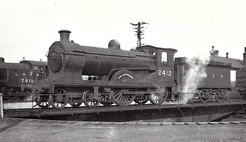 Class D29 - 2412 DIRK HATTERAICK - Reid NBR Class J 4-4-0 - built 12/11 by Cowlairs Works as NBR No.359 - 1923 to LNER No.9359, 1946 to LNER No.2412, 02/49 to BR No.62412 - 09/50 withdrawn from 62C Dunfermline Upper - seen here at Haymarket, 09/46.