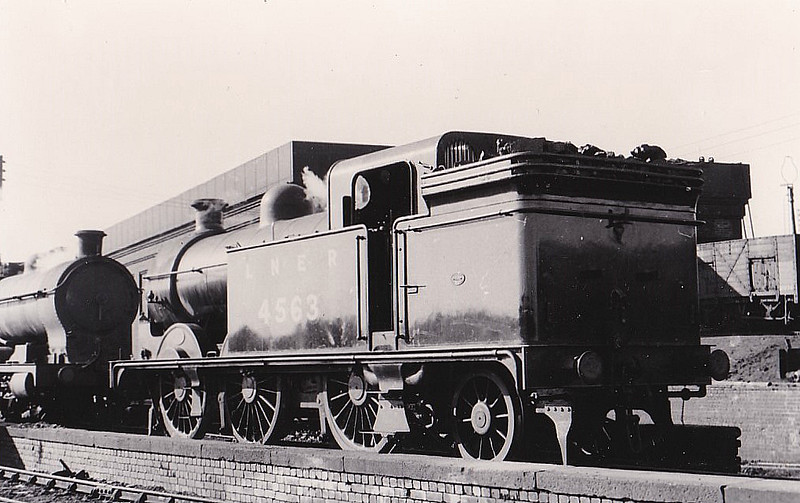 Class N1 - 4563 - Ivatt GNR 0-6-2T - built 03/10 by Doncaster Works as GNR No.1563 - 12/24 to LNER No.4563, 09/46 to LNER No.9443, 04/49 to BR No.69443 - 03/59 withdrawn from 56B Ardsley.