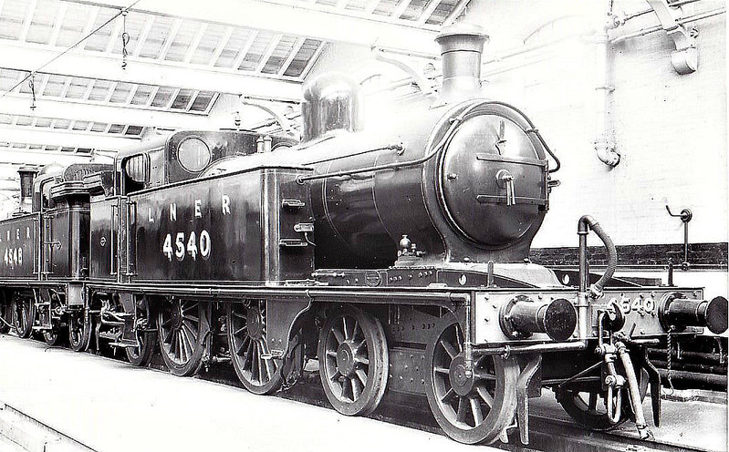 Class C12 - 4540 - Ivatt GNR Class C2 4-4-2T - built 12/03 by Doncaster Works as GNR No.1540 - 01/25 to LNER No.4540, 10/46 to LNER No.7390, 08/50 to BR No.67390 - 06/53 withdrawn from 35A New England - seen here at Doncaster Paint Shop with sister No.4548, 09/34.