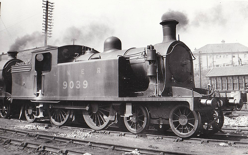 Class C15 - 9039 - Reid NBR Class M 4-4-2T - built 10/13 by Yorkshire Engine Co. as NBR No.39 - 05/24 to LNER No.9039, 11/46 to LNER No.7477, 12/49 to BR No.67477 - 09/54 withdrawn from 64G Hawick.