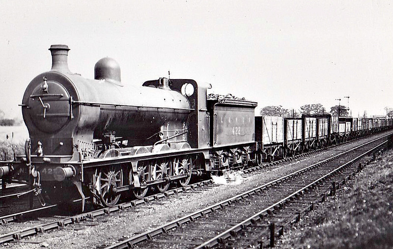 Class Q1 -  422 - Ivatt GNR 0-8-0 - built 08/03 by Doncaster Works as GNR No.422 - 08/25 to LNER No.3422 - 08/28 withdrawn from New England.