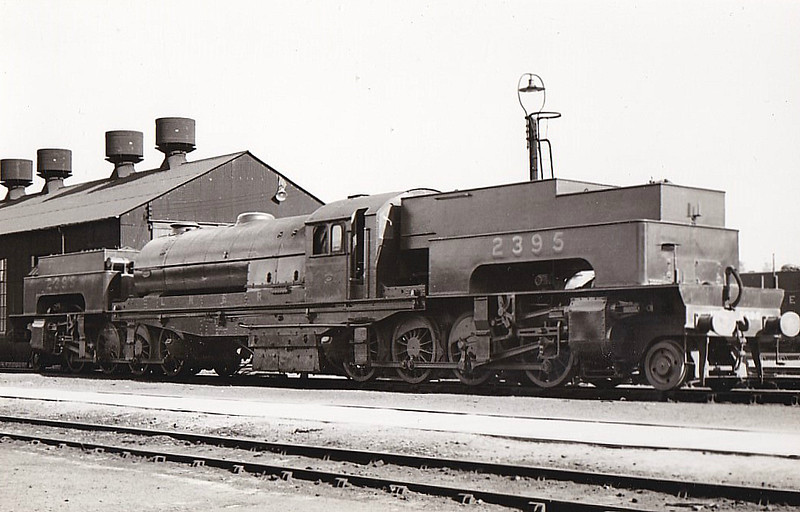 Class U1 - 2395 - Gresley LNER 2-8-0+0-8-2T - built 06/25 by Beyer Peacock Ltd. - 03/46 to LNER No.9999, 11/48 to BR No.69999 - 12/55 withdrawn from 39A Gorton - built to bank trains up the Worsborough Incline.