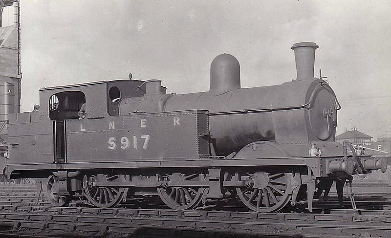 Class N5 - 5917 - Parker GCR Class 9C 0-6-2T - built 06/00 by Beyer Peacock & Co. as GCR No.917 - 03/25 to LNER No.5917, 08/46 to LNER No.9341, 11/48 to BR No.69341 - 12/59 withdrawn from 38E Neasden.