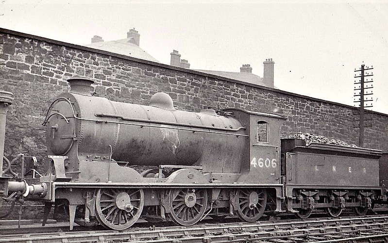 Class J37 - 4606 - Reid NBR Class S 0-6-0 - built 12/19 by North British Loco Co. as NBR No.300 - 12/25 to LNER No.9300, 10/46 to LNER No.4606, 10/50 to BR No.64606 - 07/66 withdrawn from 62A Thornton Junction - seen here at Seafield in 1948.