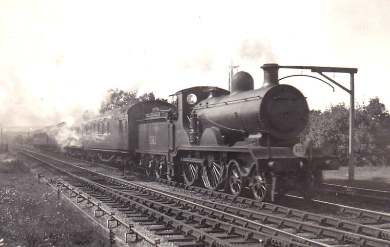 Class B4 - 2063 - RJ Billinton LBSCR Class B4 4-4-0 - built 06/01 by Sharp Stewart & Co. as LBSCR No.63 PRETORIA - 1931 to SR No.2063 - BR No.32063 not applied - 06/51 withdrawn from 75G Eastbourne - seen here near Hever on the 3.55pm Victoria - Tunbridge Wells in June 1939.