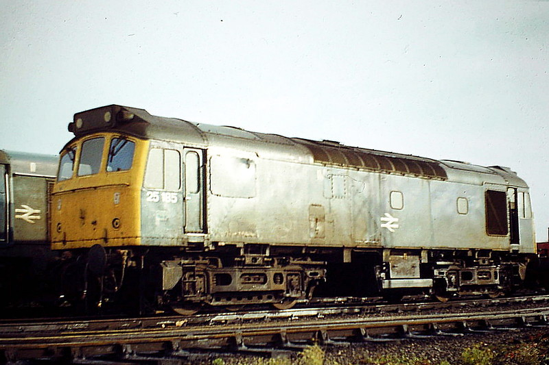 25185 at Toton Depot, 11/84, the month that it was withdrawn. It was stored at Toton for a long time and is now preserved at the South Devon Railway.