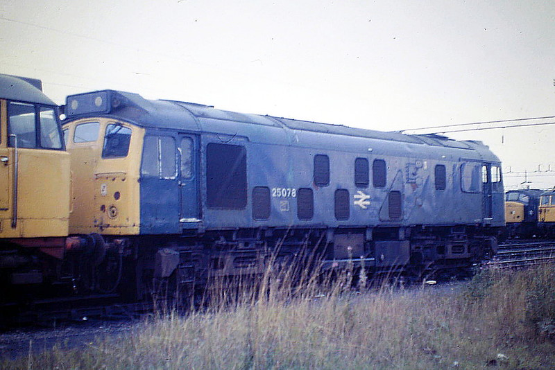 25078 is stabled at Crewe Diesel Depot, 21/09/85. The loco was withdrawn 2 days later!
