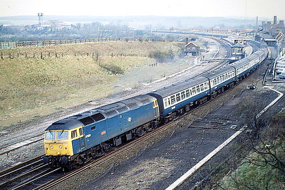 47626 ATLAS departs Wellingborough with a St Pancras - Derby train, 06/04/88. 47626 was built by Crewe Works in 1965 as D1667 and was renumbered to 47082 in February 1974. It was ETHed and renumbered to 47626 in December 1984. In January 1996 it was fitted for multiple working and became 47750. It was withdrawn in July 2004 and scrapped in May 2008.