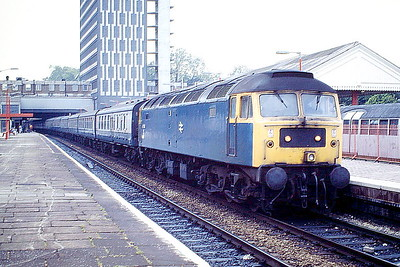 47278 heads an Up Passenger through Ealing Broadway, 02/06/88. 47278 was built by Crewe Works in 1965 as D1980 and renumbered in March 1974. It was withdrawn in August 1998, being scrapped in January 2000.