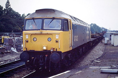 47432 passes through Ealing Broadway with an Up Engineer's train, 02/06/88. 47432 was built by Brush Falcon Works in 1963 as D1547 and was renumbered in July 1974. It was withdrawn in March 1992 and scrapped in September 1995.