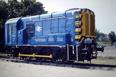 08682 PORT OF BOSTON, newly named and very ex-Works, in non-standard blue livery and tiny cabside numerals, Boston Docks Open Day, 25/06/88.