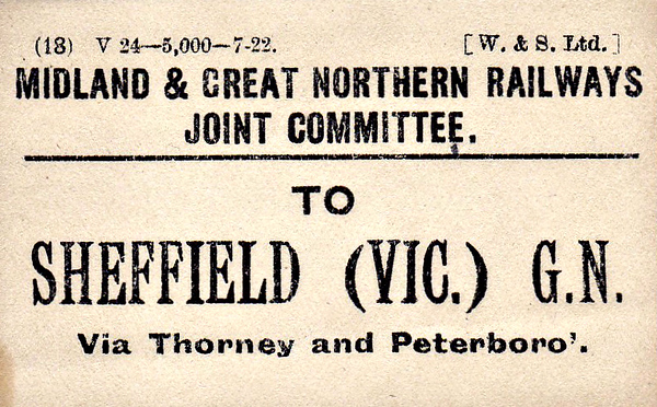 M&GN LUGGAGE/PARCEL LABEL - SHEFFIELD VICTORIA - The GNR station in Sheffield - print date July 1922.