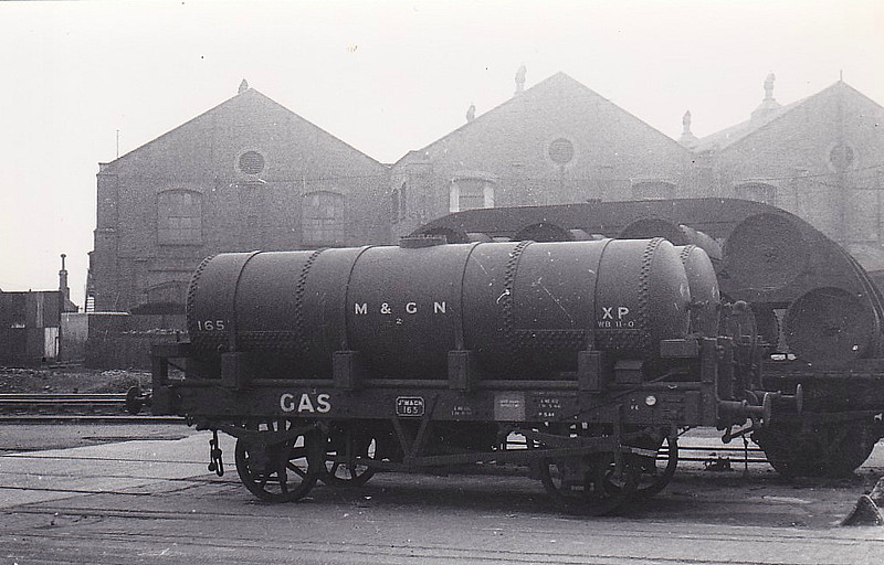 M&GN 165 - Gas Tank Wagon - for coaching lighting gas maybe? - see here at Stratford, 07/46.