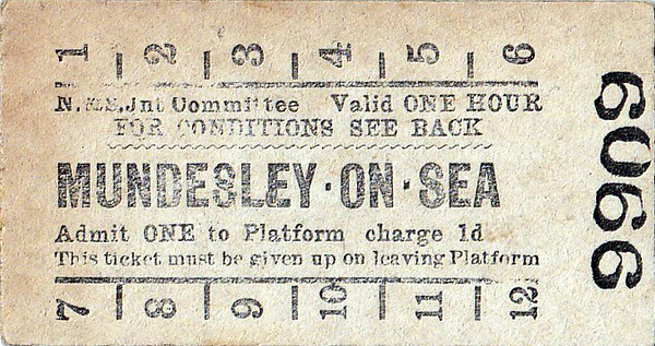 NORFOLK & SUFFOLK JOINT COMMITTEE TICKET - MUNDESLEY-ON-SEA - Platform Ticket, price 1d - issued on October 25th, 1954.