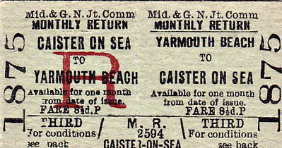 M&GN TICKET - YARMOUTH BEACH - Third Class Monthly Return to Caster On Sea, fare 8 1/2d.